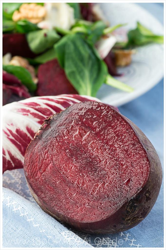 Salat Rezept mit Rote Bete, Feldsalat, Walnüssen und Gorgonzola Wintersalat 180gradsalon