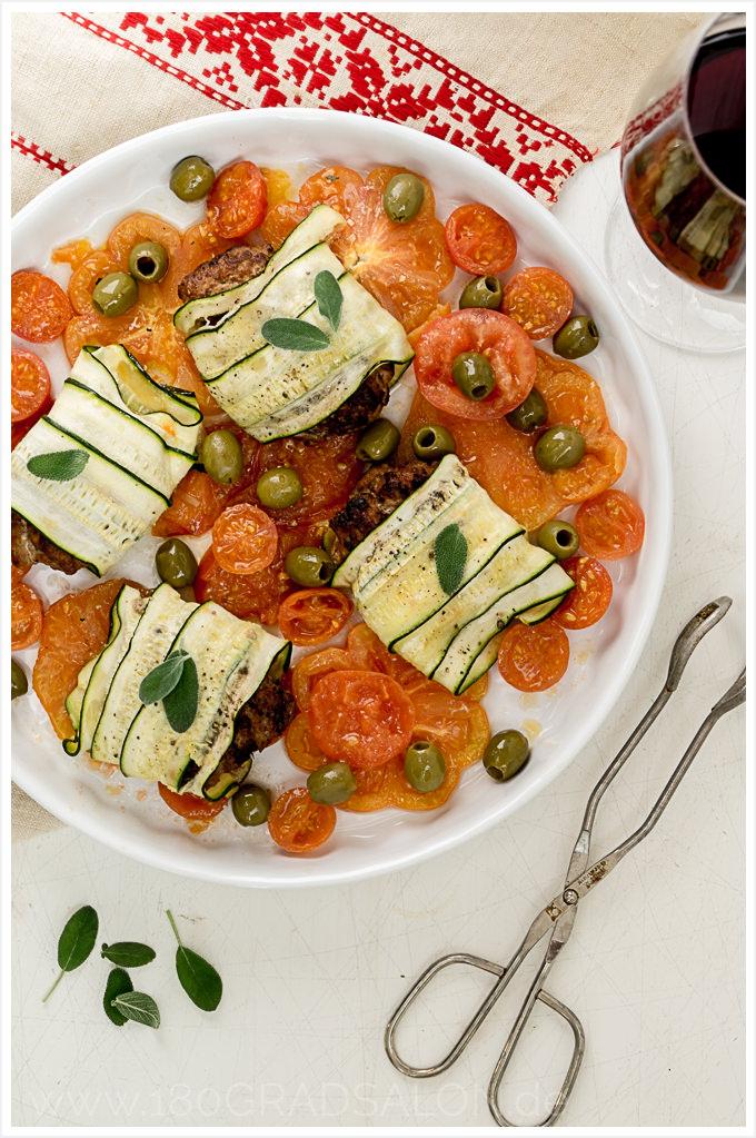Rezept für Zucchini-Tomaten-Hack-Röllchen