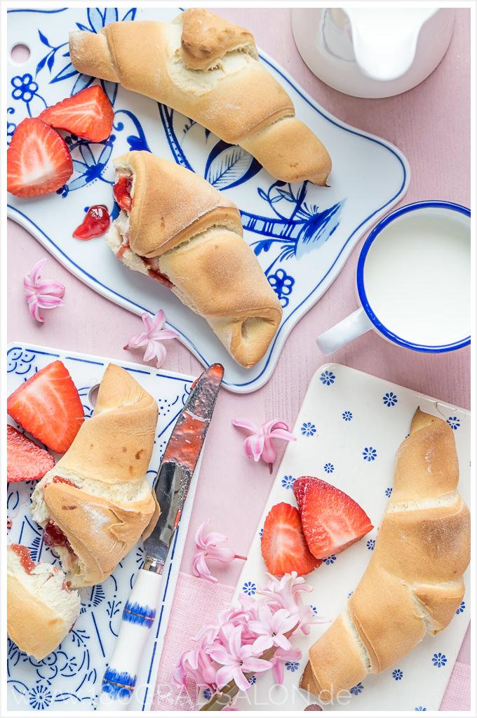 Rezept Sonntag schnell gefüllt Butterhörnchen Frühstück Brötchen 180gradsalon