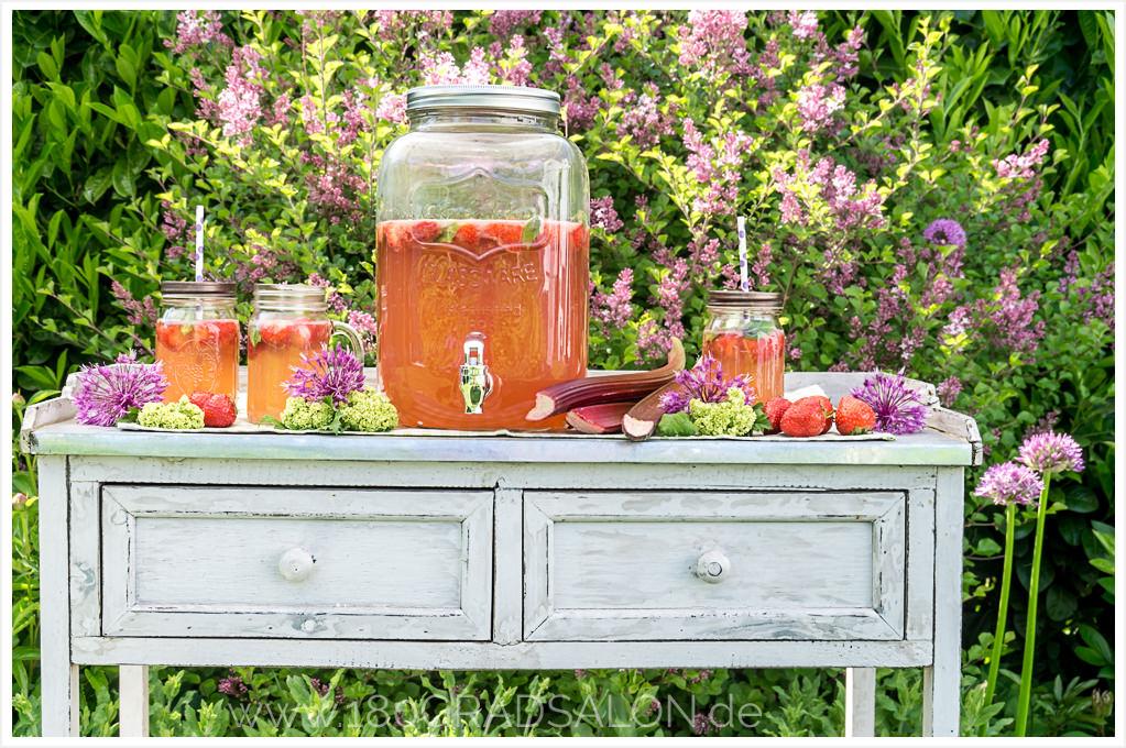 ^Rhabarber Erdbeer Bowle Rezept Sommerbowle Sommer Sommergetränk mit Alkohol 180gradsalon