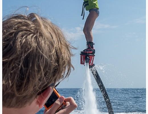 Flyboarden auf Mallorca Flyboard Portals Nous Trendsport Erlebnis mit Spaßaktor auf dem Wasser 180 grad salon