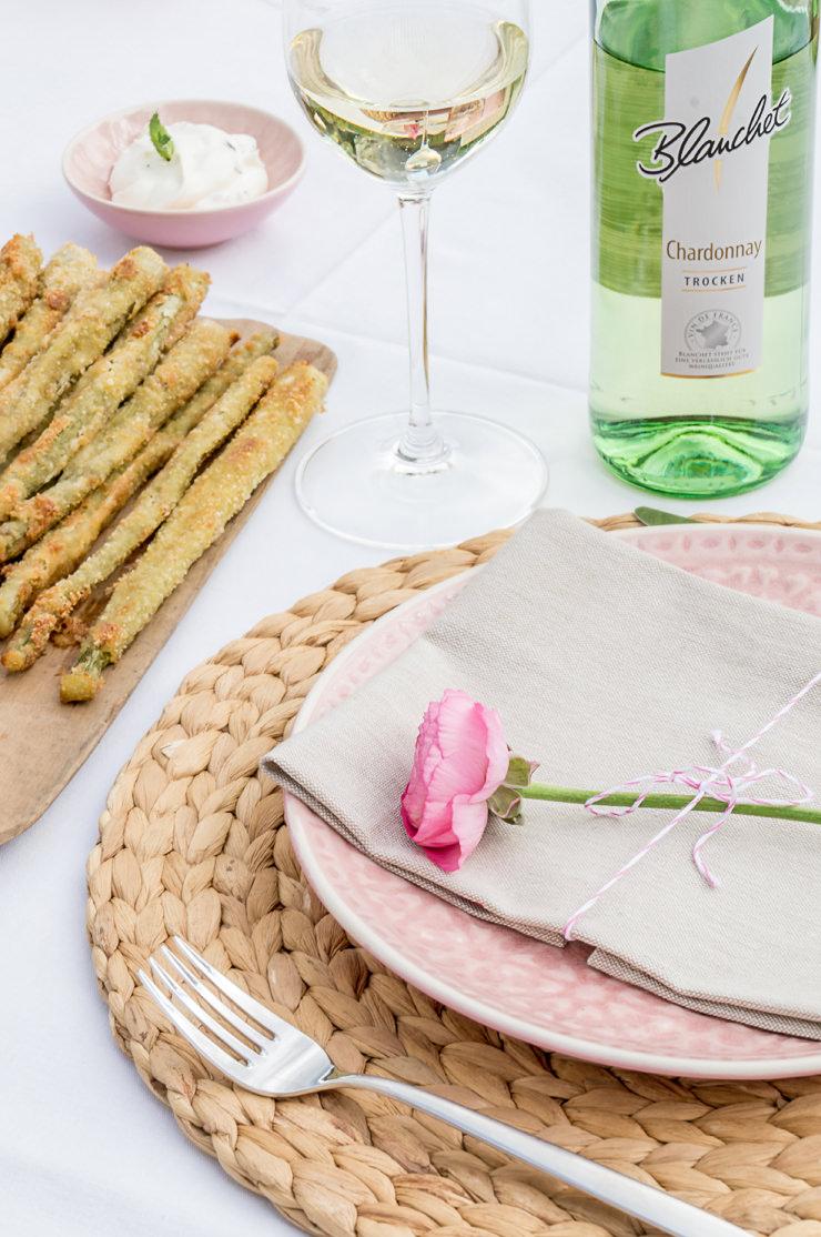 Tisch Dekoration Gäste Frühling Garten