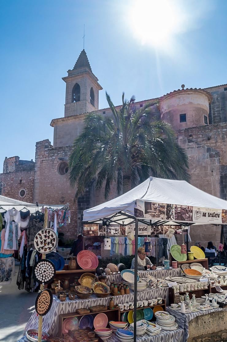 Markt in Santanyi auf Mallorca am Mittwoch und Samstag Wochenmarkt