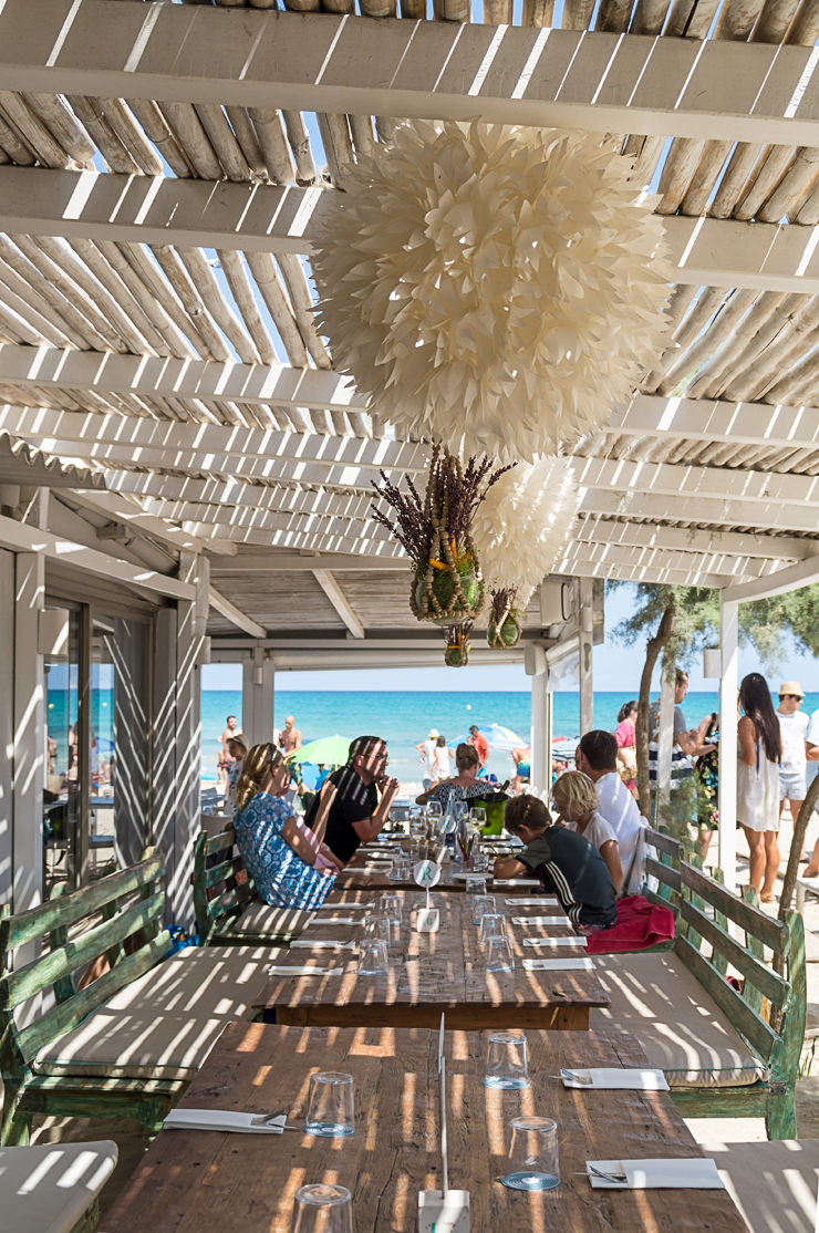 Strand Bar Ponderosa Beach im Norden von Mallorca Playa de Muro