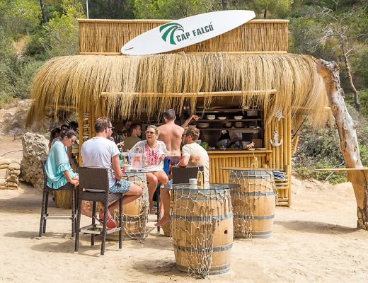 Mallorca Beachclub Strandclub Chiringuito Strandbar Cala Cap Falco