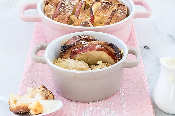 Rezept Apfel Brot Auflauf mit Mandeln und Marzipan