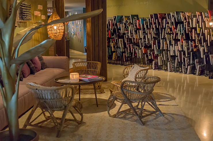 Bikini Island & Mountain Hotel Mallorca in Port de Soller Urlaub für Erwachsene im Design Hotel mit dem Restaurant Neni und Blick auf den Hafen und das Tramuntana Gebirge
