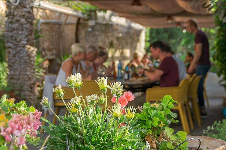 Lazy Finca Mallorca BBQ Abend besonderes Erlebnis in einem Finca Hotel bei Felanitx