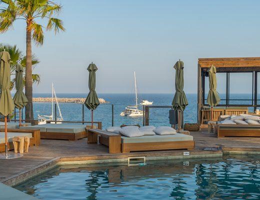 Mallorca Beachclub UM Beachhouse Portals in Puerto Portals Portlas Nous Restaurant mit Meerblick
