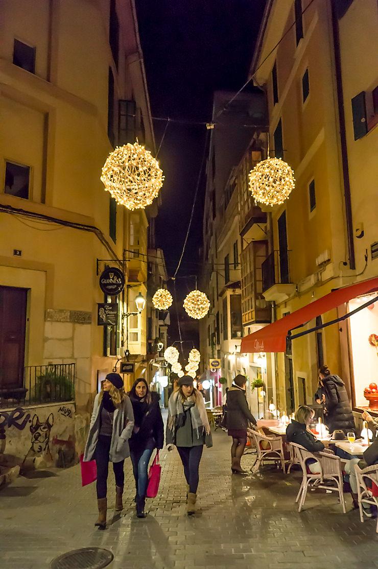 Palma de Mallorca Weihnachtsmarkt und Weihnachtsbeleuchtung 2019