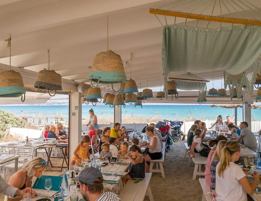 Mallorca Strandbar Can Gavella an der Playa de Muro