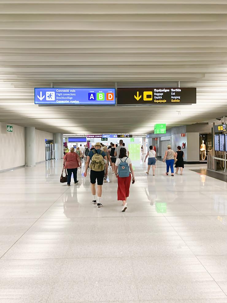 Mallorca wurde im Urlaub zum Risikogebiet - Erfahrung der Anreise, Abreise und Coronatest am Flughafen Düsseldorf